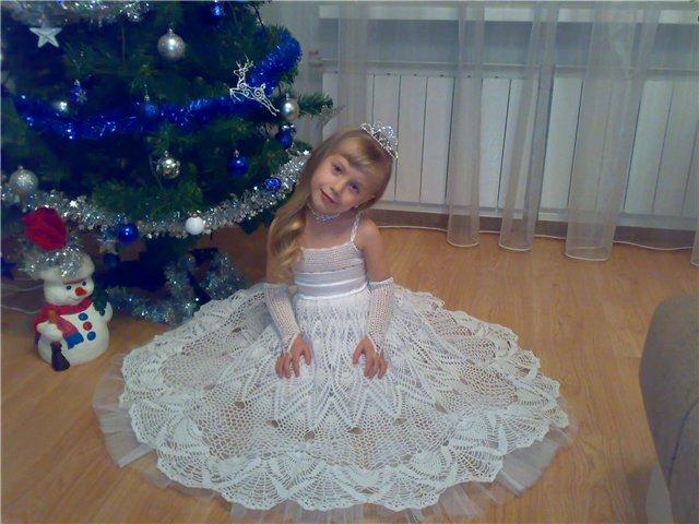 Как связать нарядное платье для девочки видео