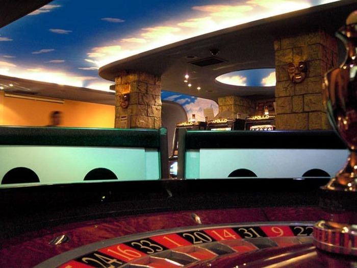 Красивый интерьер казино 23