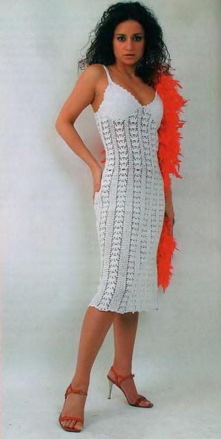 Платье на бретелях (323x640, 46Kb)