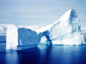 Айсберг 1 (300x225, 23Kb)