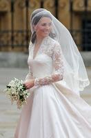 Kate_s_wedding_dress_www.seasonmall_list200 (132x200, 9Kb)