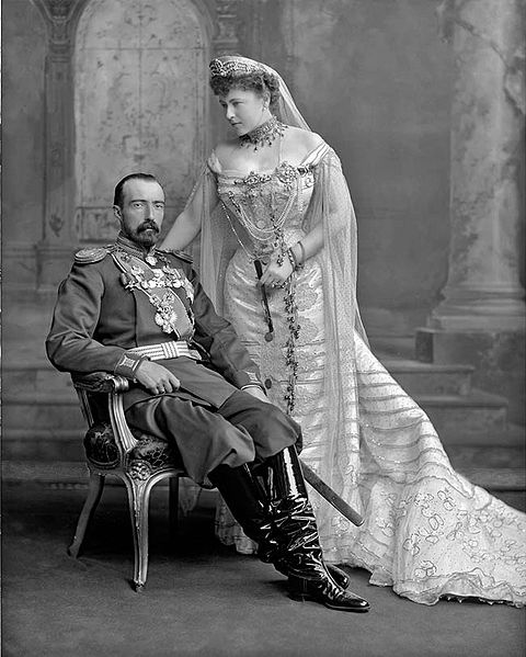 480px-Grand_Duke_Michael_Mikailovich__and_his_wife (480x599, 59Kb)