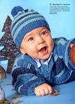 Он состоит из жакета, пуловера и шапочки с помпоном.  В этом вязаном костюмчике Вашему ребенку будет тепло и удобно...