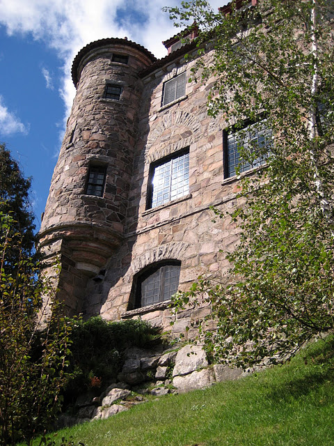 Замок Зингера (Singer Castle) на острове Дарк-Айленд (Dark Island) (Канада) 37205