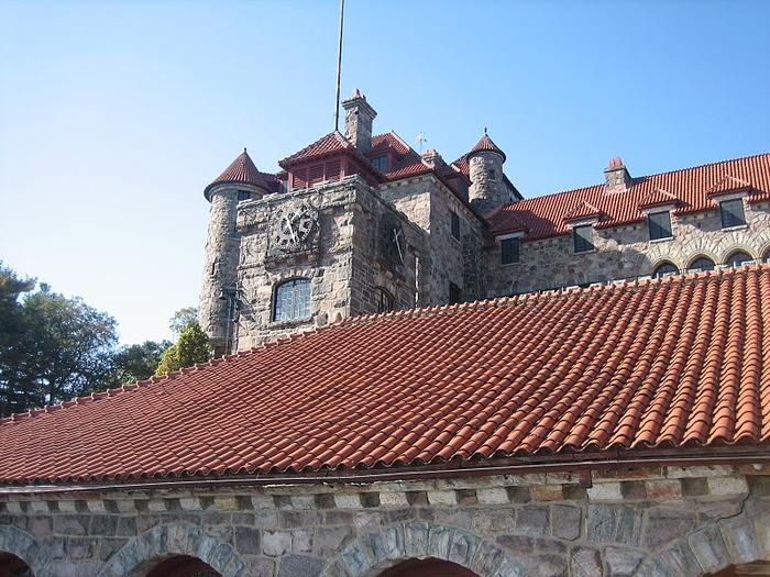 Замок Зингера (Singer Castle) на острове Дарк-Айленд (Dark Island) (Канада) 99498