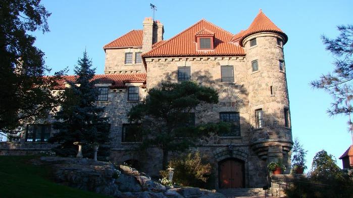 Замок Зингера (Singer Castle) на острове Дарк-Айленд (Dark Island) (Канада) 55924