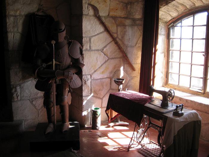 Замок Зингера (Singer Castle) на острове Дарк-Айленд (Dark Island) (Канада) 70259