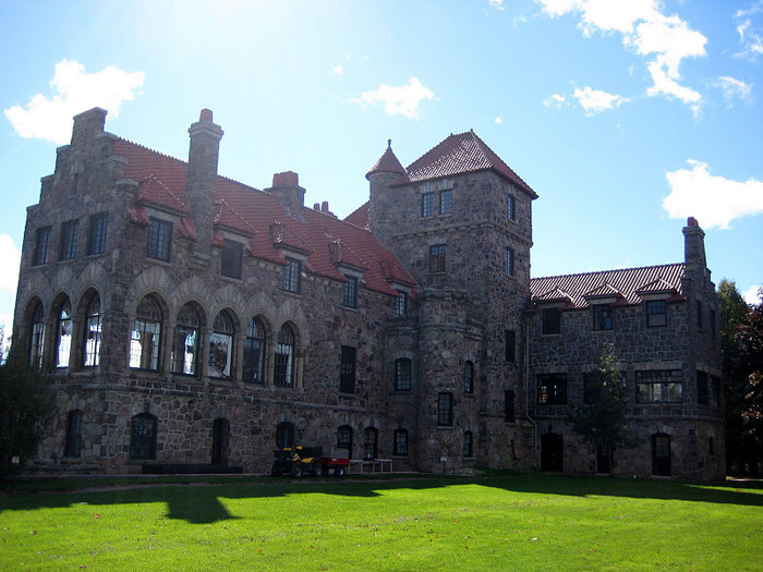 Замок Зингера (Singer Castle) на острове Дарк-Айленд (Dark Island) (Канада) 29482