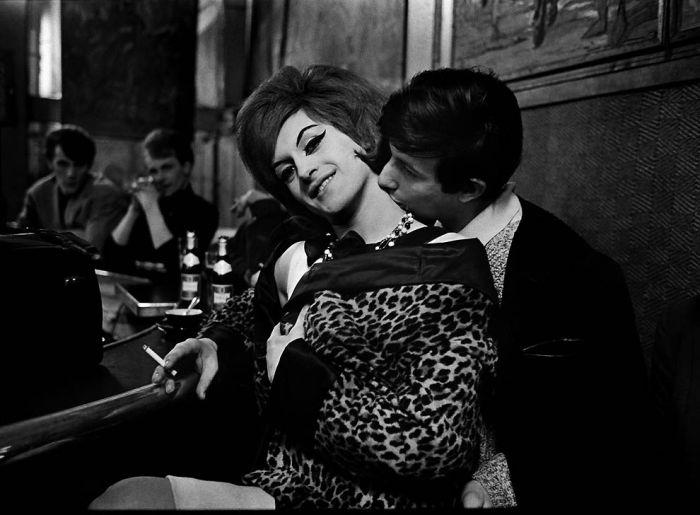 Парижские проститутки 1950-х годов. Ночная жизнь Франции 12 (700x515, 69Kb)