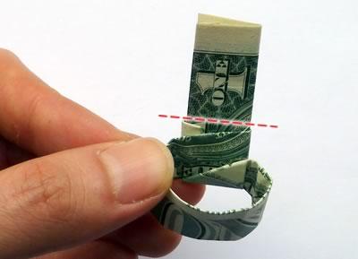 доллар кольцо шаг 9/3576489_dollarbillringstep09 (400x289, 13Kb)