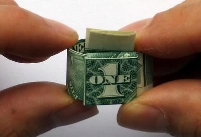 доллар кольцо шаг 10/3576489_dollarbillringstep10 (400x273, 15Kb)