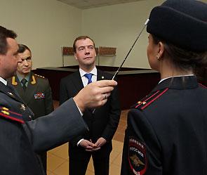 Новая форма российских полицейских (фото) 1 (295x249, 18Kb)