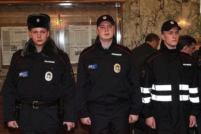 Новая форма российских полицейских (фото) 5 (700x466, 58Kb)