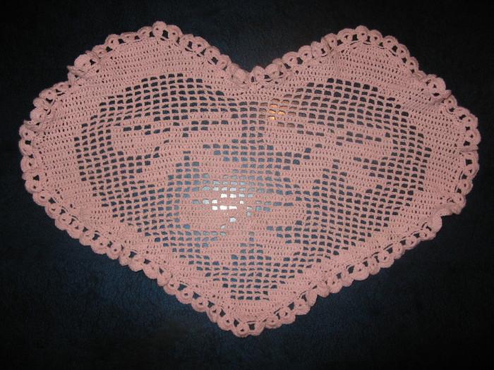 А это мои работы)) Филейное сердце ко дню Святого Валентина.