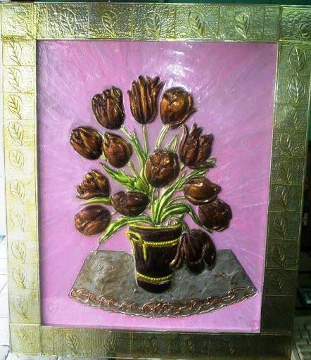 maceta con tulipanes (442x512, 100Kb)