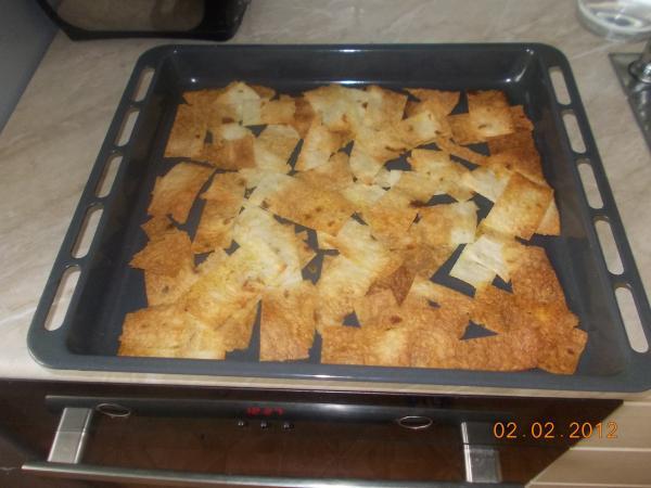 Чипсы из лаваша в духовке с сыром рецепт пошагово