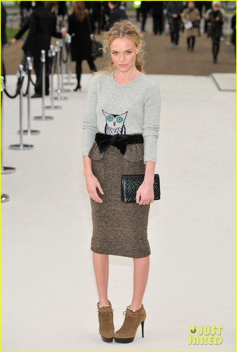 kate-bosworth-london-fashion-week-rosie-huntington-whiteley-06 (472x700, 57Kb)