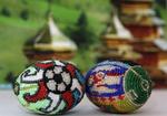 """Бердянцы продолжают работать на ЕВРО-2012.  В добавок к логотипу для НСК  """"Олимпийский """" предложили пысанки-обереги."""