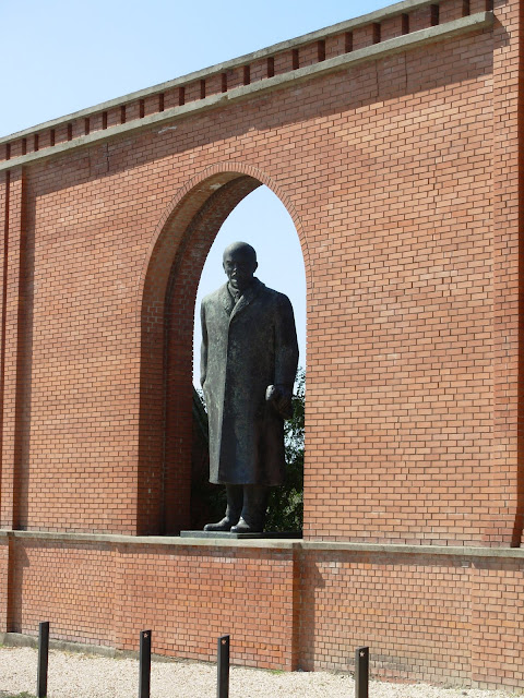 Памятники советского прошлого в Будапеште - Szoborpark 36922