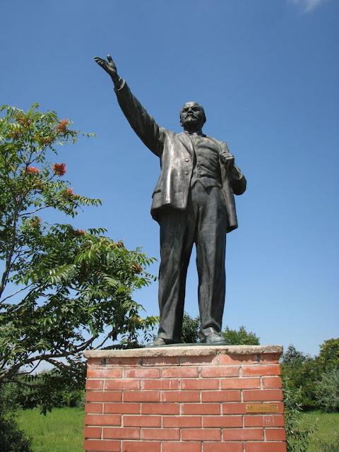 Памятники советского прошлого в Будапеште - Szoborpark 56850