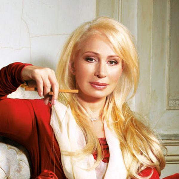 Русские девки заставляют делать куни 11 фотография