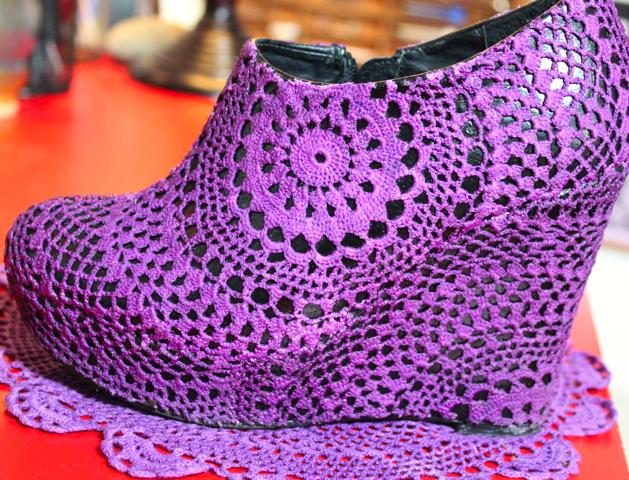 DIY Doily Shoe Corinne Leigh 1 (629x480, 639Kb)
