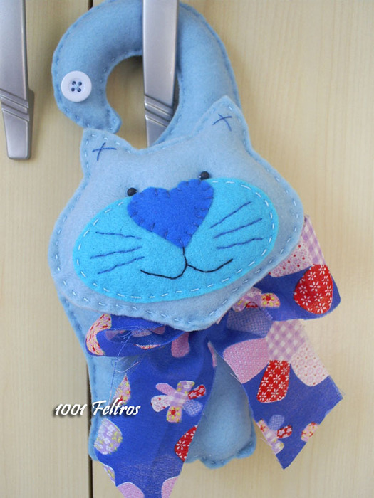 gato azul maçaneta (525x700, 114Kb)