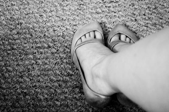 Laetitias-Shoes-1 (555x369, 164Kb)