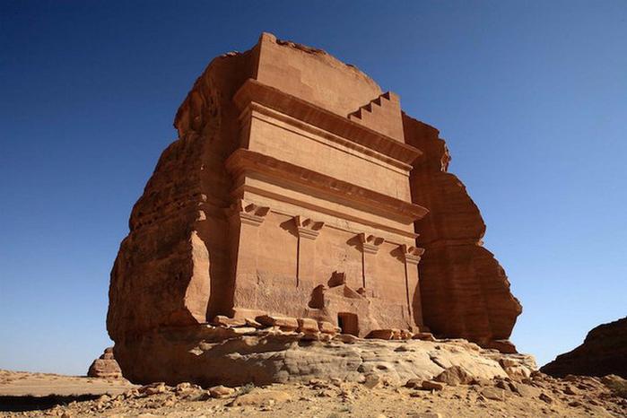 Гробница Каср аль-Фарид Саудовская Аравия 1 (700x466, 297Kb)