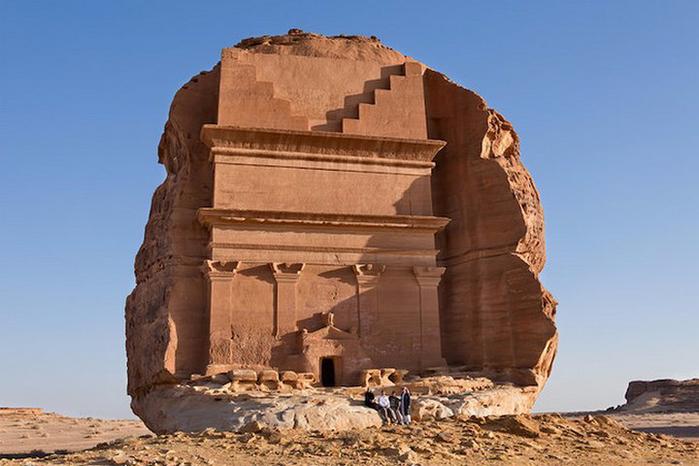 Гробница Каср аль-Фарид Саудовская Аравия 4 (700x466, 299Kb)