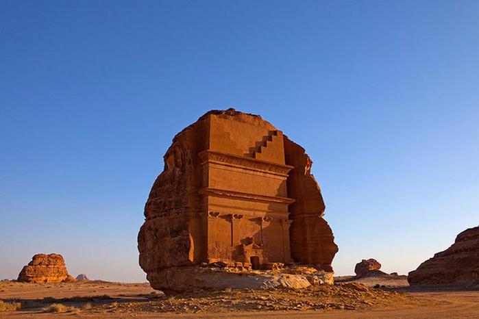 Гробница Каср аль-Фарид Саудовская Аравия 6 (700x466, 250Kb)