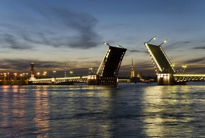 Санкт-Петербург (700x471, 272Kb)