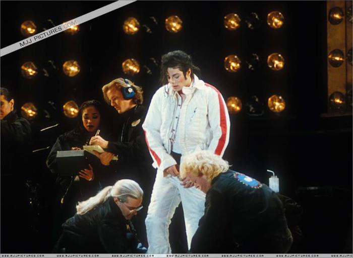 Майкл Джексон собирался полететь в космоc