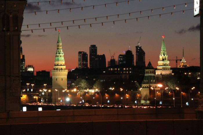 Москва вечерняя 2 (700x467, 309Kb)