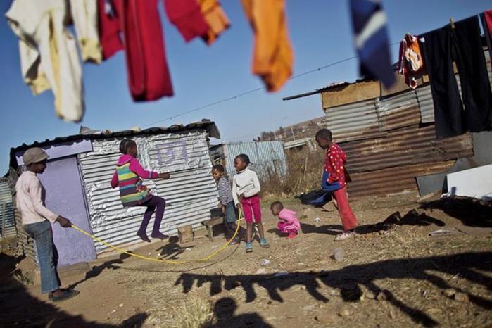 Счастливые дети на 30 удивительных фото со всего мира