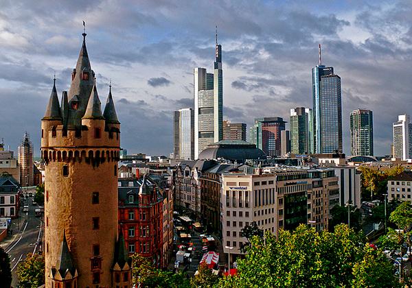 3. Старые и новые башни (600x420, 500Kb)