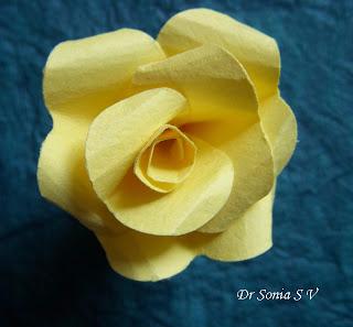 Скрапбукинг. Розы из бумаги (8) (320x297, 87Kb)