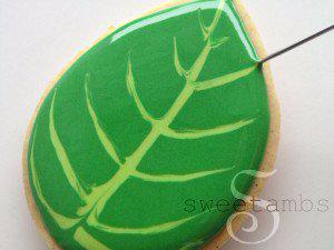 Сладкое печенье БУКЕТ СИРЕНИ из айсинга (27) (300x225, 64Kb)