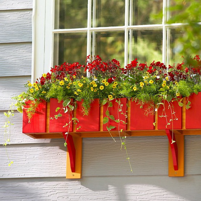 Цветы на балконе своими руками.