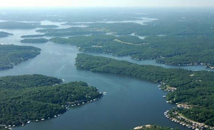 Самые опасные озера мира обсуждение