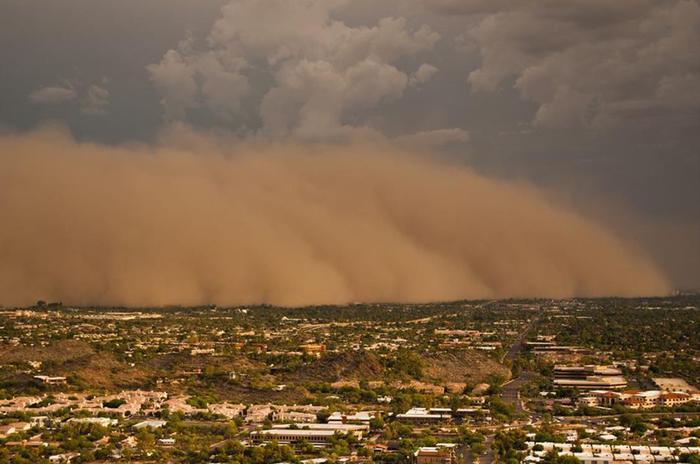 Гигантские пылевые бури в Аризоне