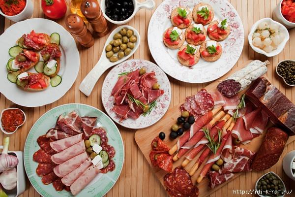 как быстро подготовиться к встече гостей, как стать рачительной хозяйкой, как быстро накрыть стол, какие блюда можно замораживать, /1430449716_kakpodgotovitsyakvstrechenezhdannihgostey103656948 (600x400, 242Kb)