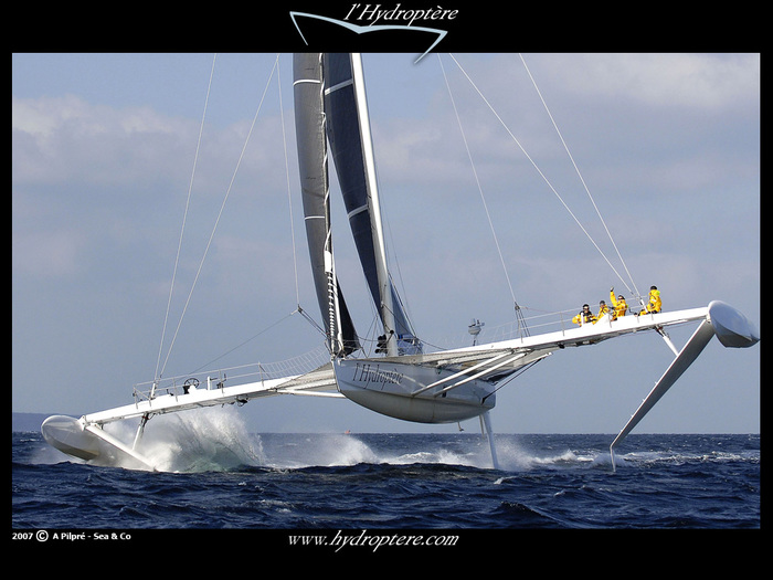 5814203_1256762918_hydroptere_2_79 (700x525, 117Kb)