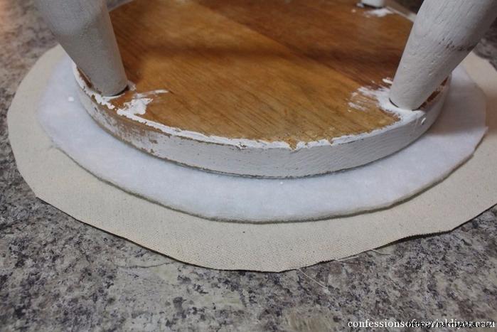 Декор табуретки сидушкой в винтажном стиле (2) (700x467, 243Kb)
