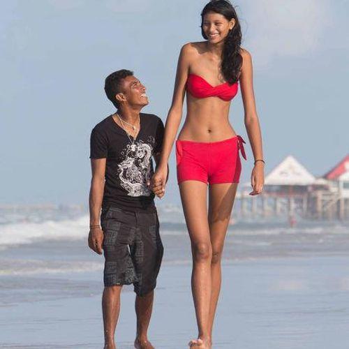 Wpid samaya vysokaya devushka podrostok v mire. i 1 Самая высокая девушка п