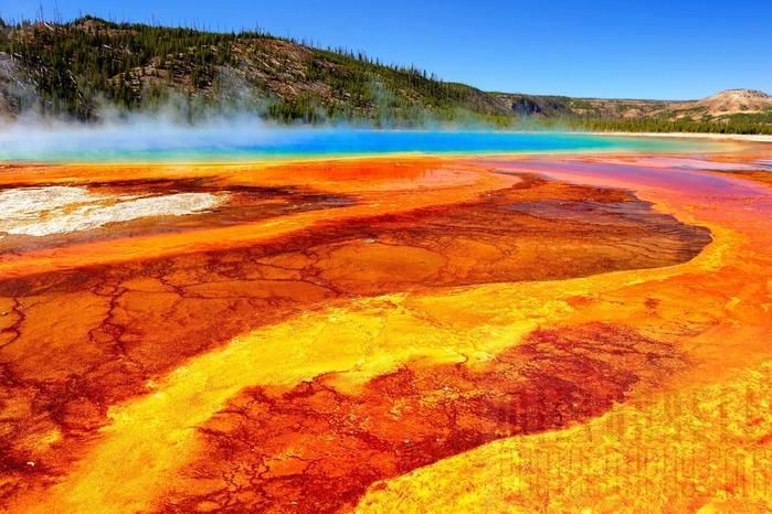 5814203_YellowstoneGeyser002 (700x466, 322Kb)