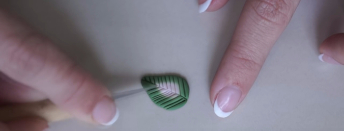 Колье из полимерной глины своими руками - мастер-класс (18) (700x267, 111Kb)