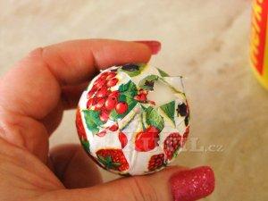 Декупаж салфетками. Пасхальные яйца (4) (300x225, 61Kb)