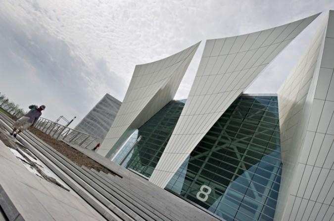 Здание бассейна, Шанхай, 30 мая 2011 года./2270477_993 (675x448, 83Kb)