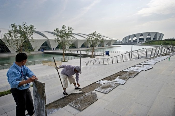 Здание бассейна, Шанхай, 30 мая 2011 года./2270477_995 (675x448, 83Kb)